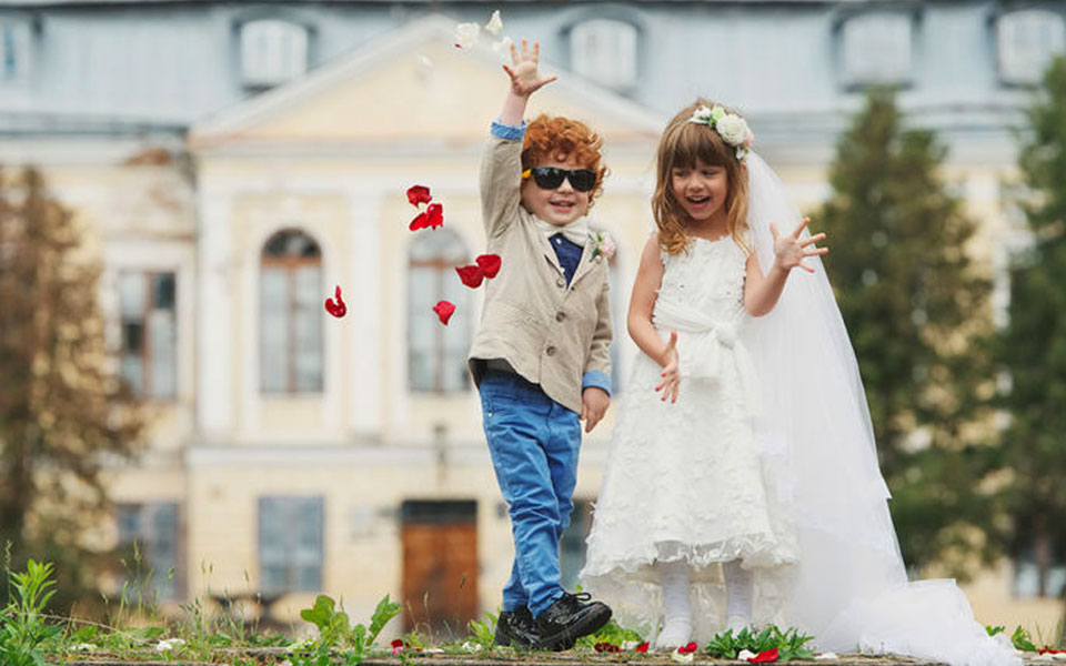 Childcare, Nannies and Creches for weddings in and around in France