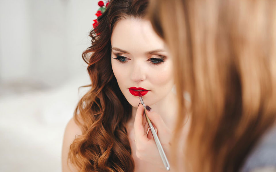 Make Up Artist for weddings in and around France