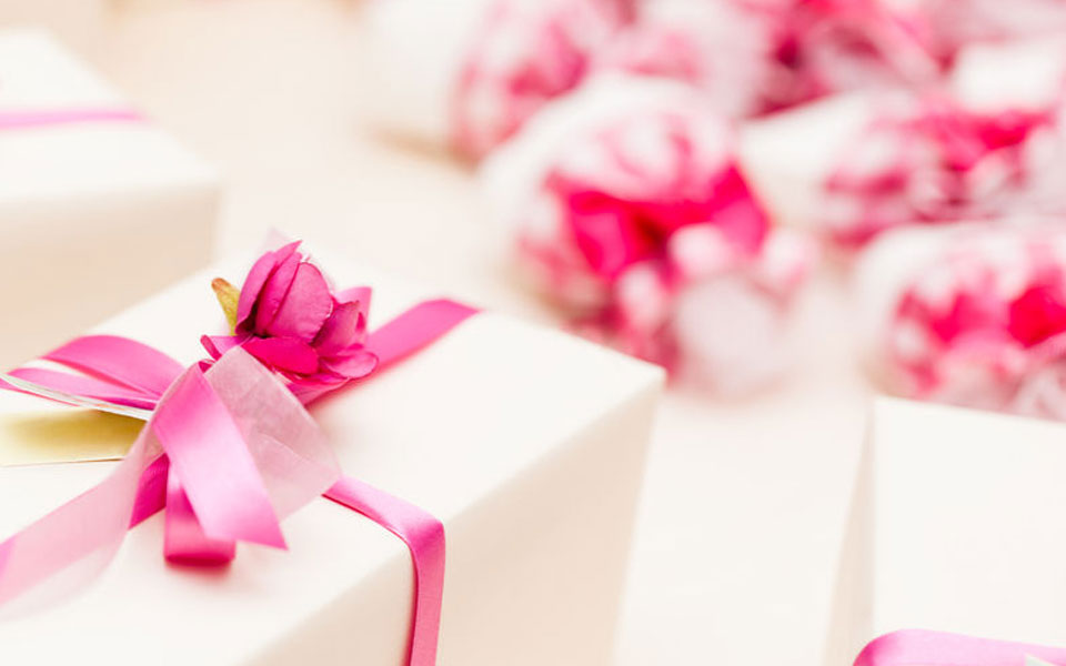 Wedding Favours and Gifts from suppliers who work in and around France