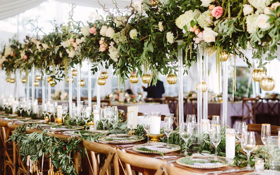 Marquee and Tip Hire for weddings in and around France