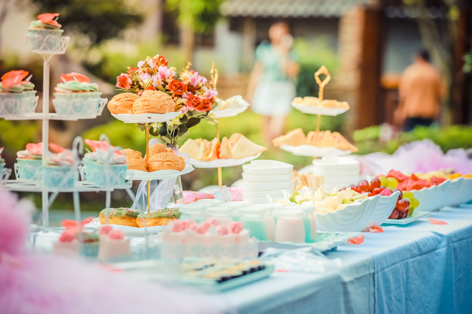 Wedding Caterers and Party Food Suppliers in the Pays de la loire