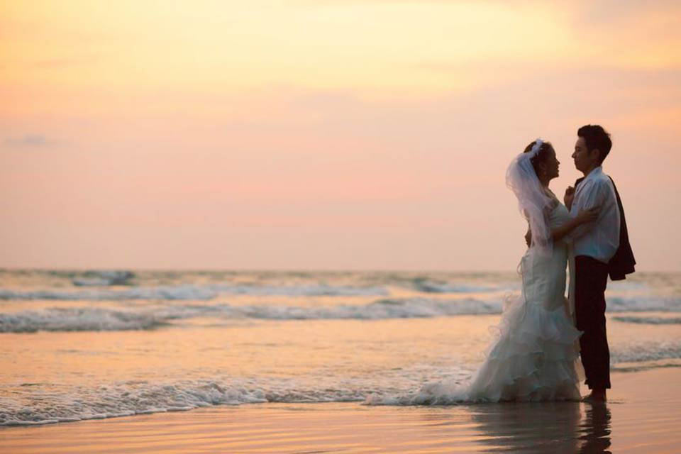Wedding Photographers working in Brittany, France