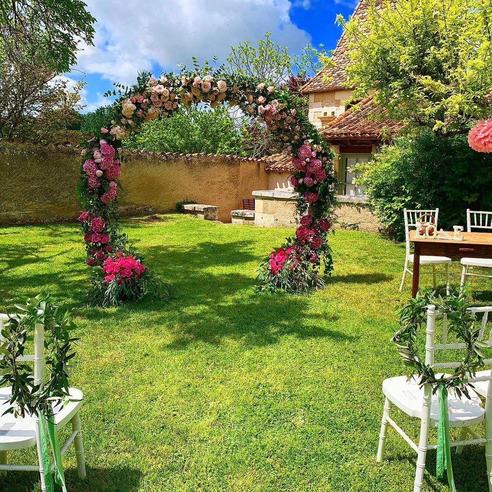 Jenny Fairbanks Wedding Florist and Wedding Stylist in South West France