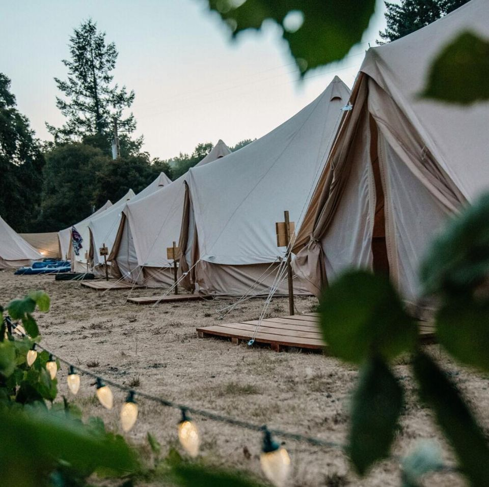 Mon Wedding Camping | Wedding Tents, Tipi and Bathroom and Toilet Hire across France