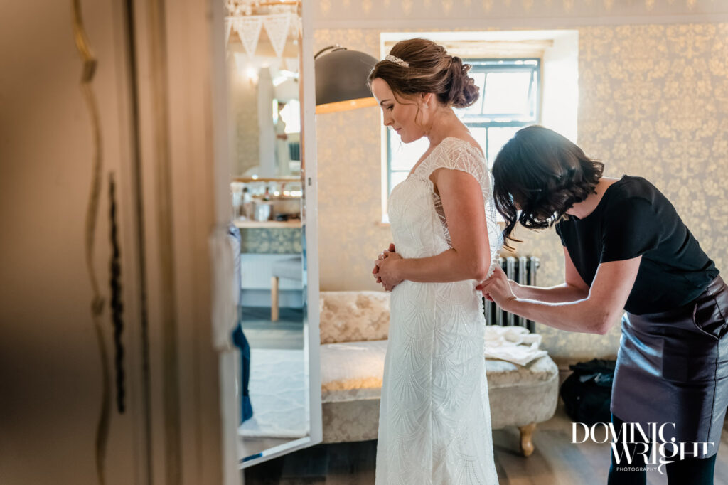 Victoria Farr Make Up & Hair Artist for Weddings across France
